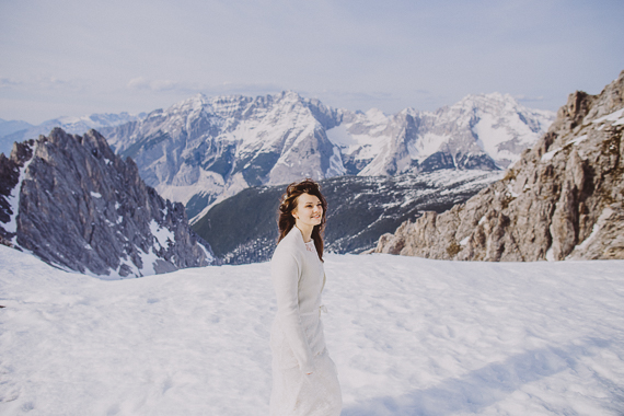 snowy-wedding-photos-alps-19