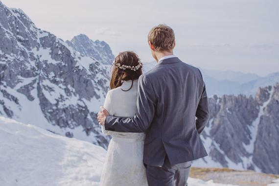 snowy-wedding-photos-alps-5
