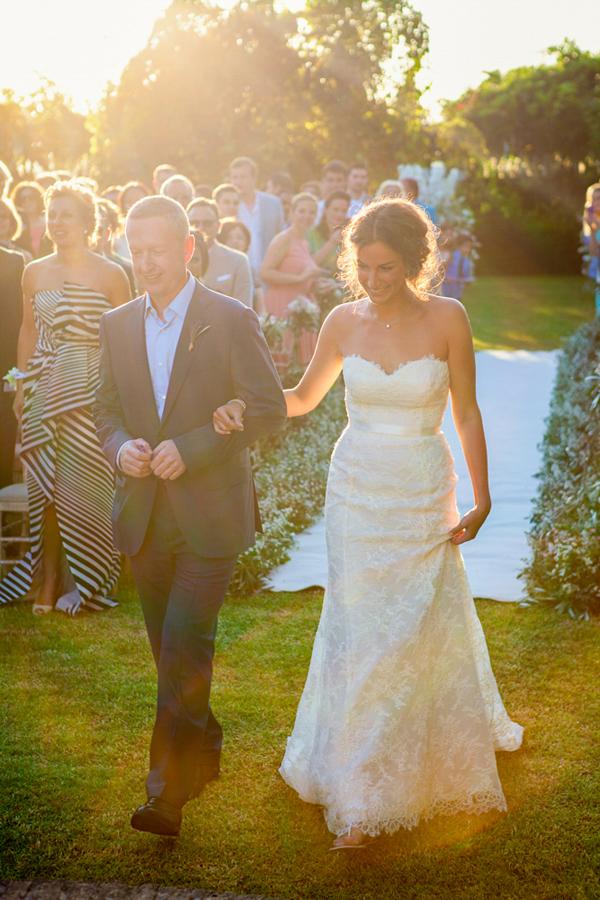 wedding-gown-Oscar-De-La-Renta