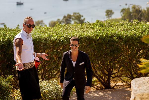 groom-suit-wedding-summer