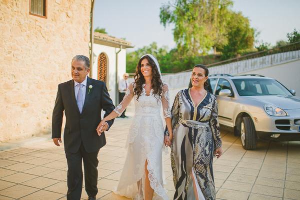 wedding-dresses-laced-pronovias