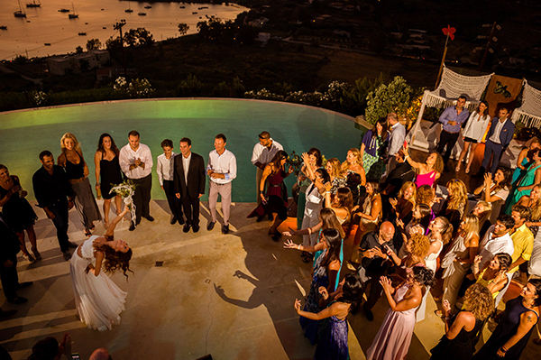 wedding-party-summer-island