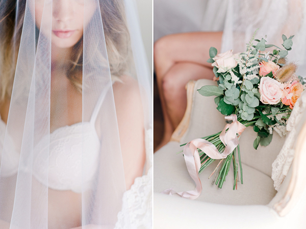 bridal-boudoir-shoot-peach-pastel-roses-bouquet