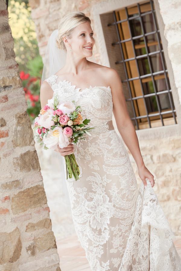 destination-wedding-tuscany-ulla-maija-dress-2