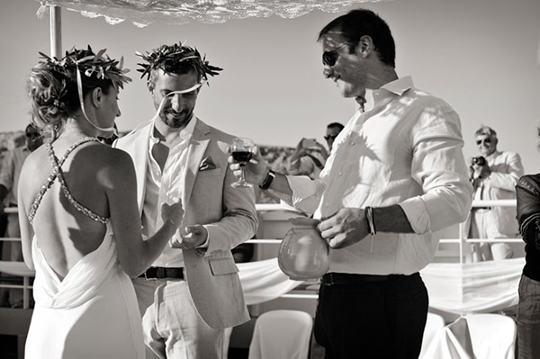 ferry-boat-wedding-greece-1