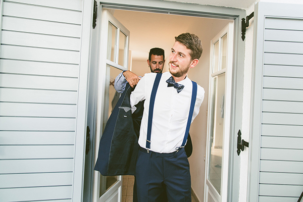 groom-suit-wedding-summer
