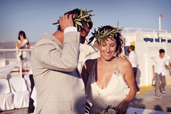 married-couple-destination-wedding-greece