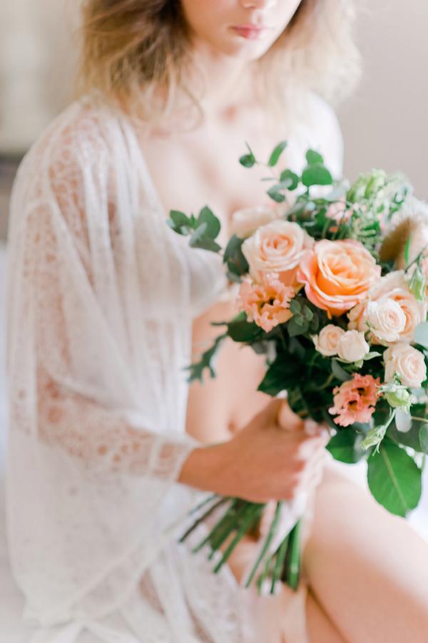 pastel-peach-roses