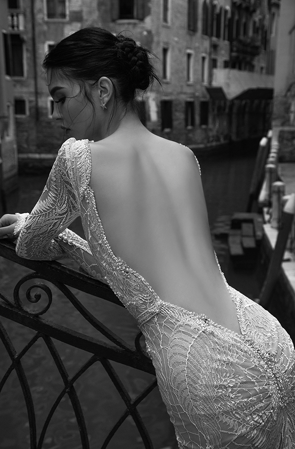Plunging-back-wedding-dress-inbal-dror