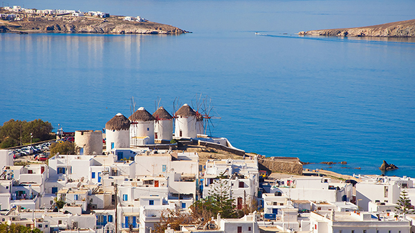greek-island-honeymoon-destination-mykonos