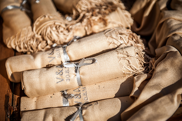 pashminas-gifts-for-guests-1