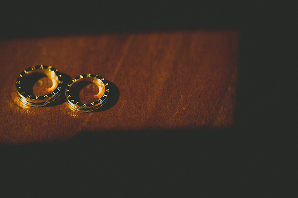summer-wedding-parga-wedding-rings