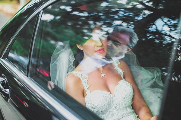 bridal-arrival-in-church