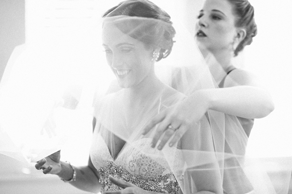 bride-getting-ready (1)