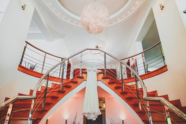 elegant-wold-mint-wedding-in-athens (17)