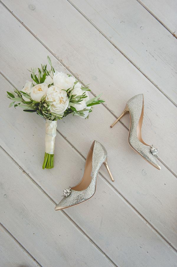 bridal-bouquet-shoes