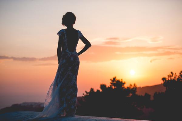 bridal-couple-photo-shoot-santorini (3)
