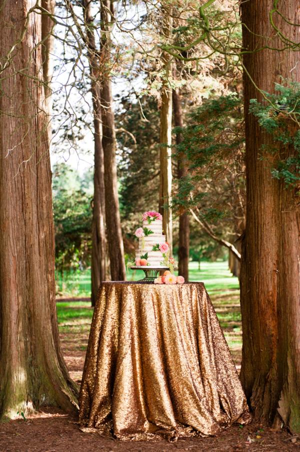 copper-glitter-tablecloth