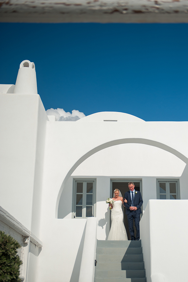 elegant-wedding-in-santorini (4)