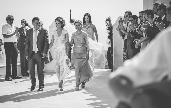 summer-destination-wedding-in-santorini (12)
