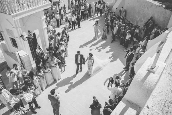 summer-destination-wedding-in-santorini (13)