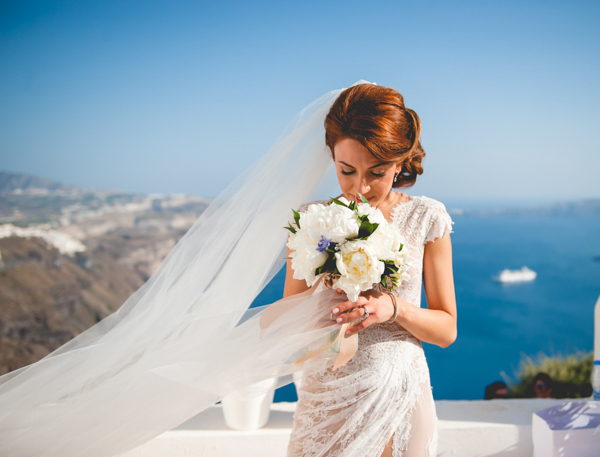 summer-destination-wedding-in-santorini (3)