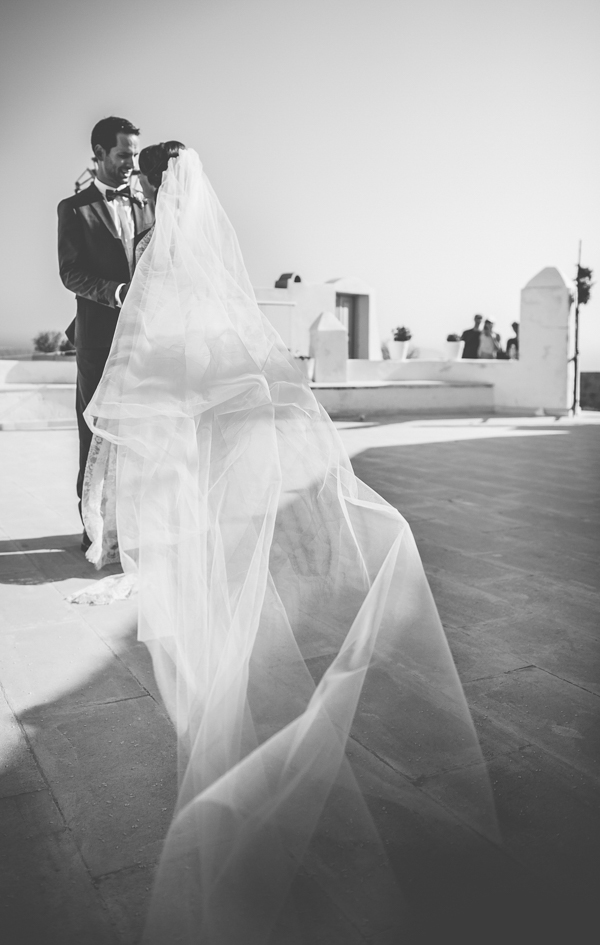 summer-destination-wedding-in-santorini (6)