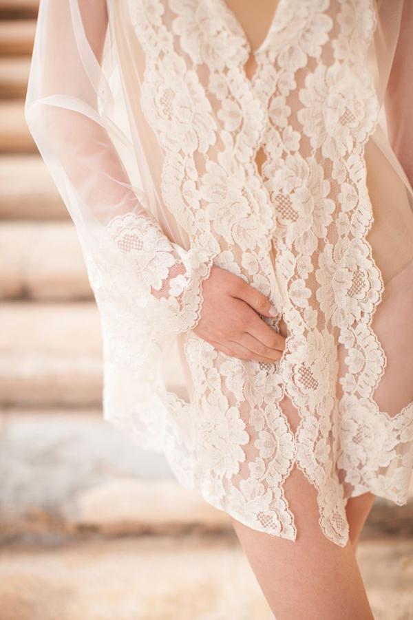 Boudoir-Hooded-Tulle&French-Lace-Robe-Kimono