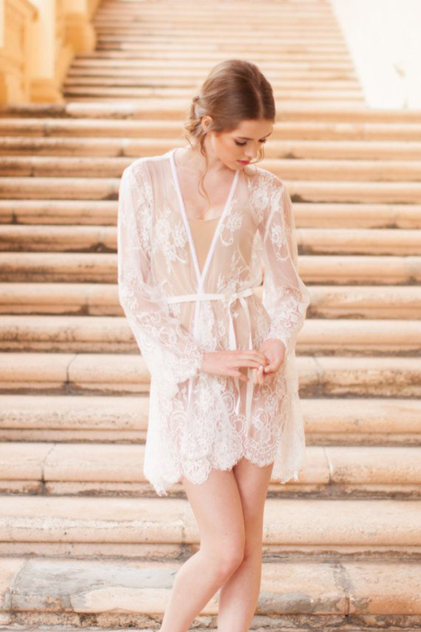 Pour-le-Boudoir-Lace-Robe-in-off-white