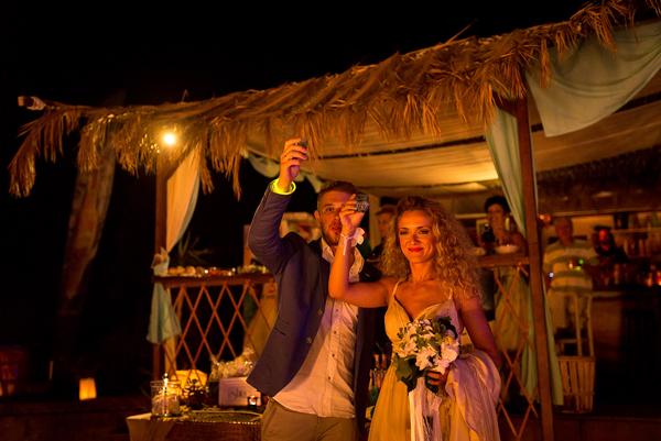beach-wedding-dresses-2