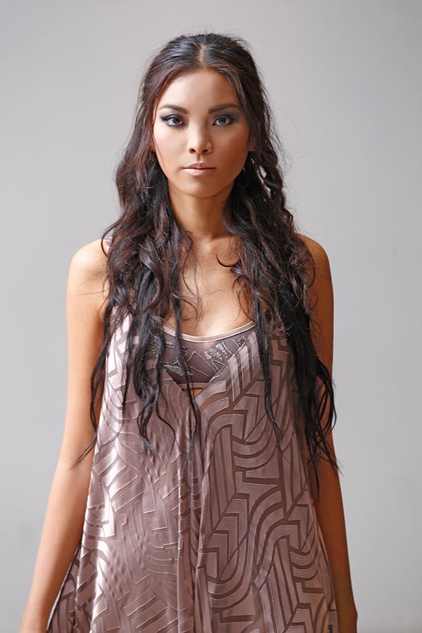 carol-hannah-wedding-dress-Tanzanite (3)
