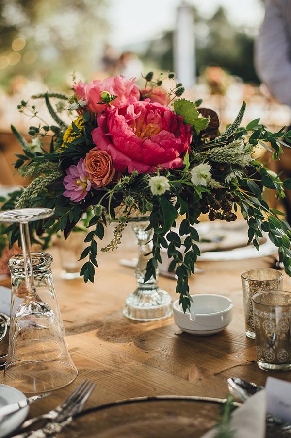 Enchanting olive grove wedding jasmine david chic stylish floral decoration in shades of pink tangerine red 3 junglespirit Gallery