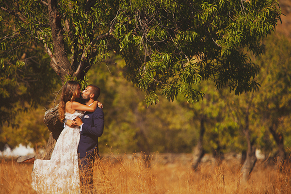 rustic-wedding-in-kea-island (4)
