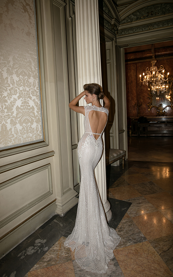 deep-open-back-wedding-dress (5)