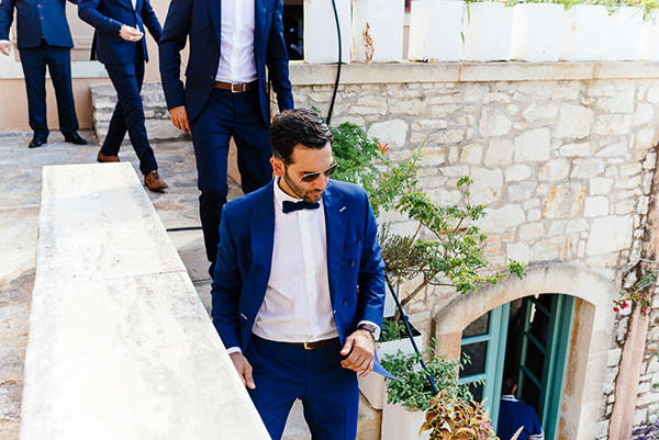 grooms-attire-blue-suit (1)