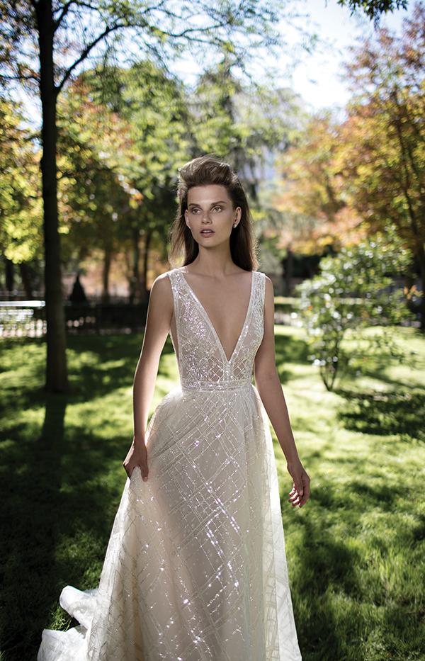v-neckline-wedding-dress (1)