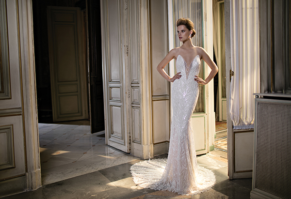 v-neckline-wedding-dress (2)