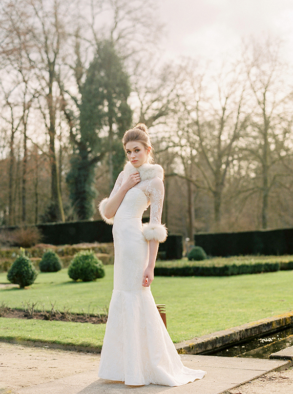 winter-wedding-gown-with-a-coat (2)