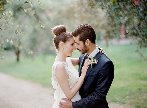 Romantic garden styled shoot in Italy