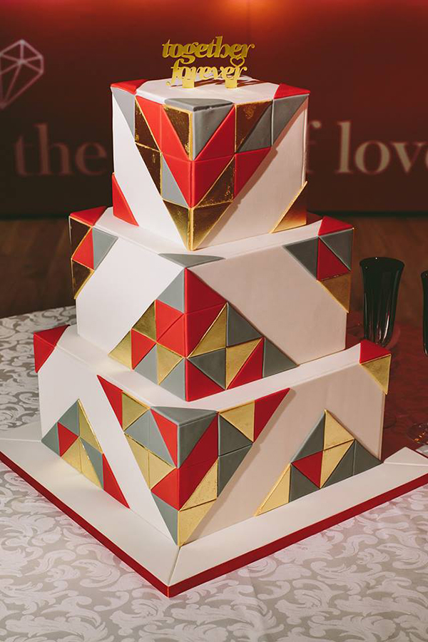 Red-and-gold-wedding-cake