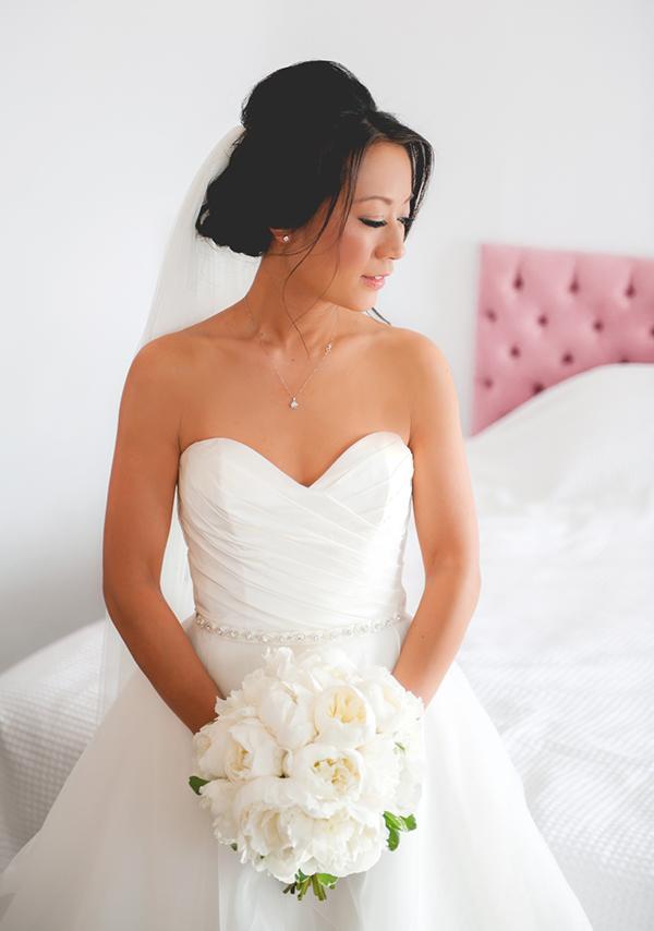 paloma-blanca-romantic-wedding-dress