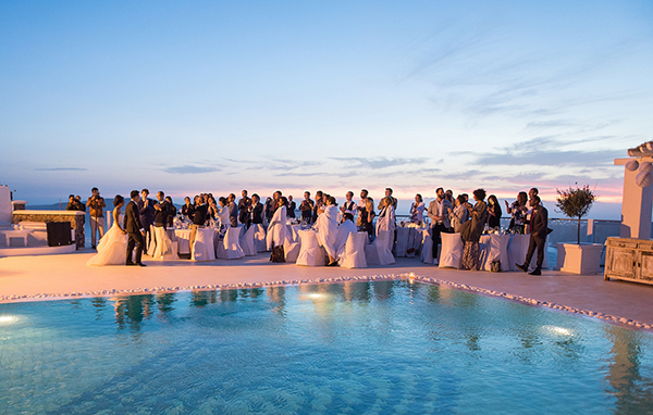 summer-wedding-in-santorini (1)