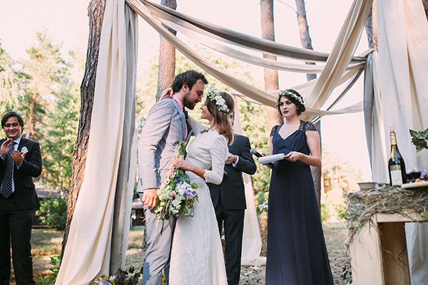 wedding-in-a-forest (9)