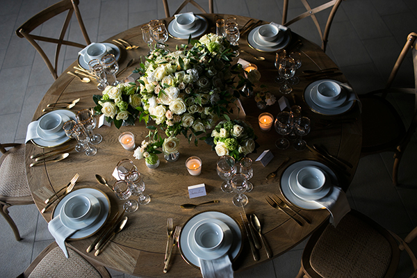 rustic-white-wedding-decoration