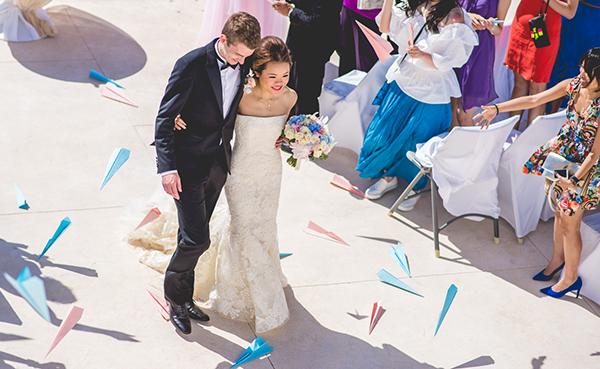 Lace-vera-wang-wedding-dress