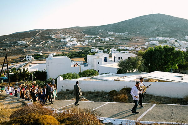 destination-wedding-folegandros-(2)