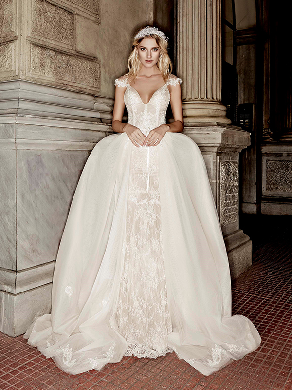 915b63b60f Victoria Kyriakides Fall Winter 2016-2017 Bridal Collection - Chic ...