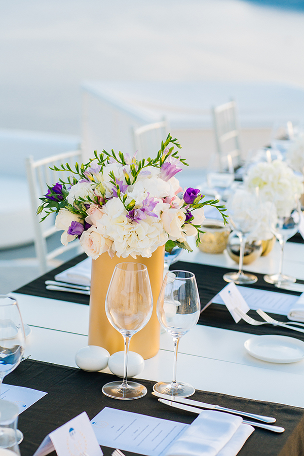 wedding-decoration-ideas-white-gold