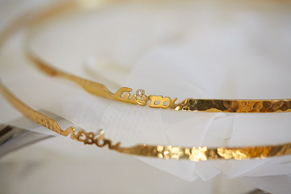 gold-wedding-wreaths