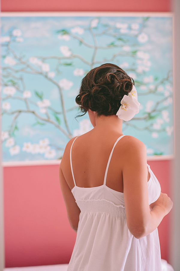 wedding-dress-chignon